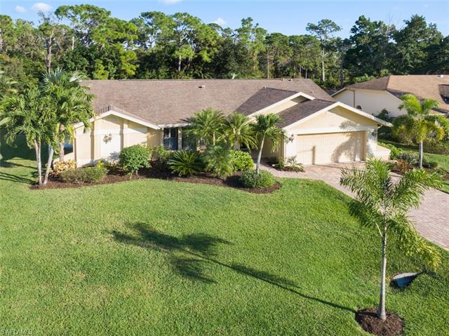 Single Family in Bonita Springs Spanish Wells